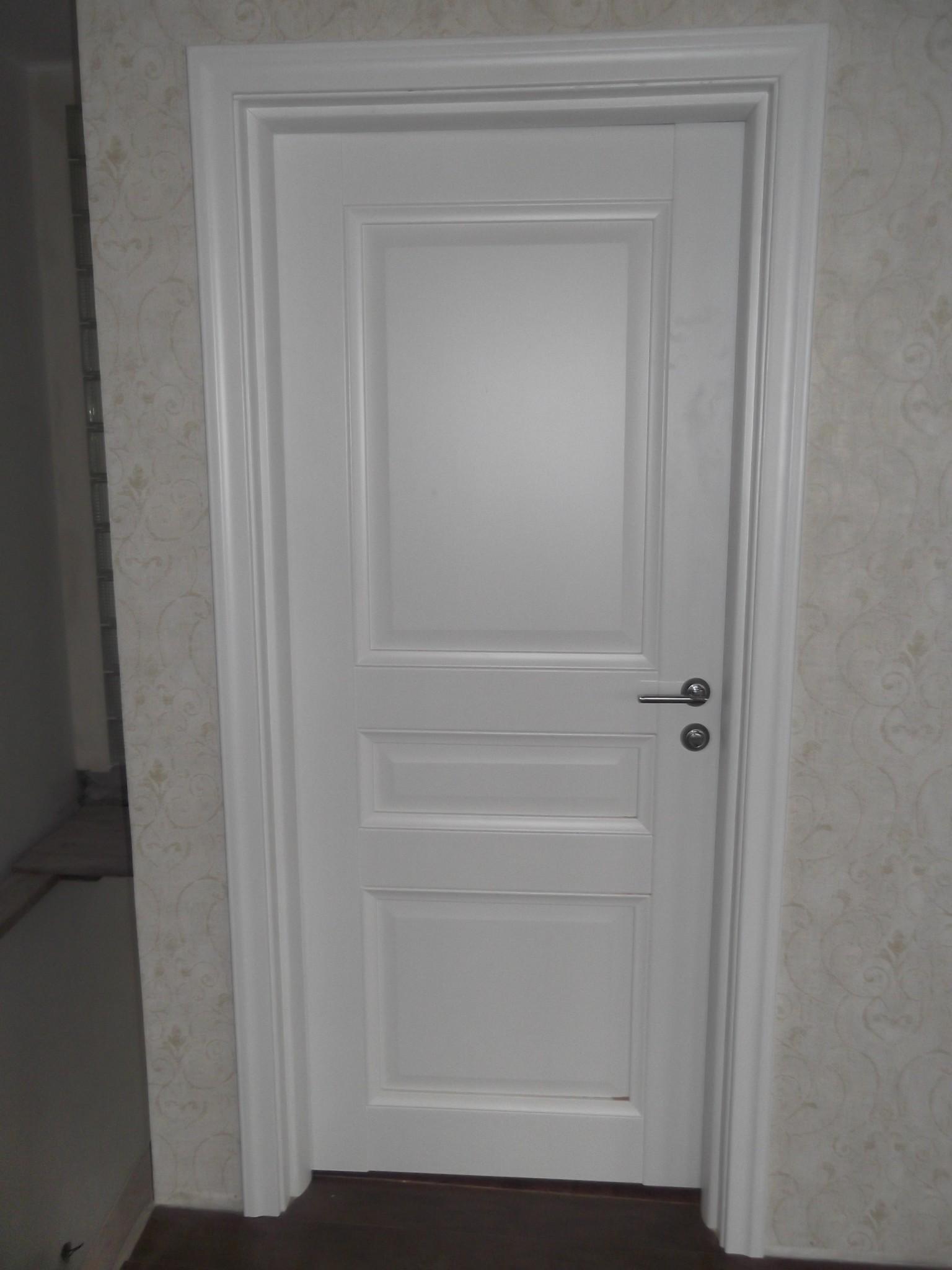 пример установленной межкомнатной двери в рязани
